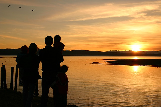 západ slunce rodina
